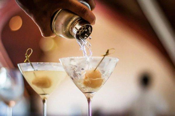 drink, alcoholic beverage, cocktail, martini, distilled beverage,