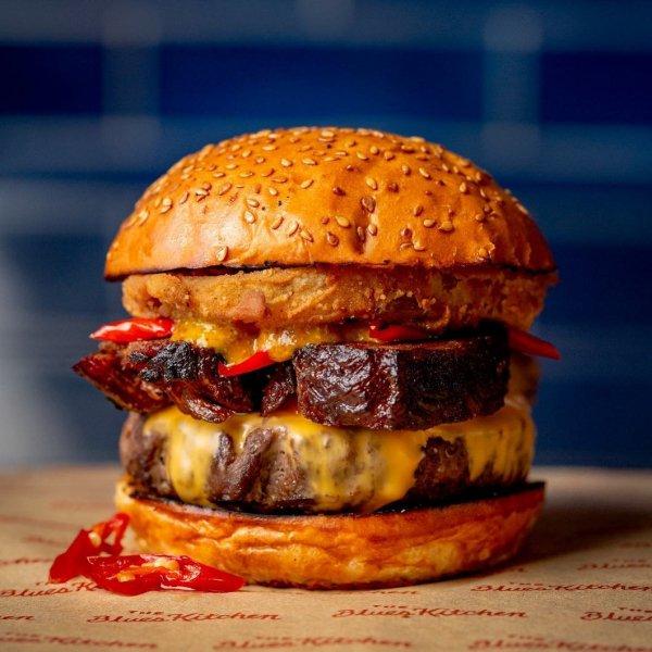 Hamburger, Food, Junk food, Dish, Cheeseburger,