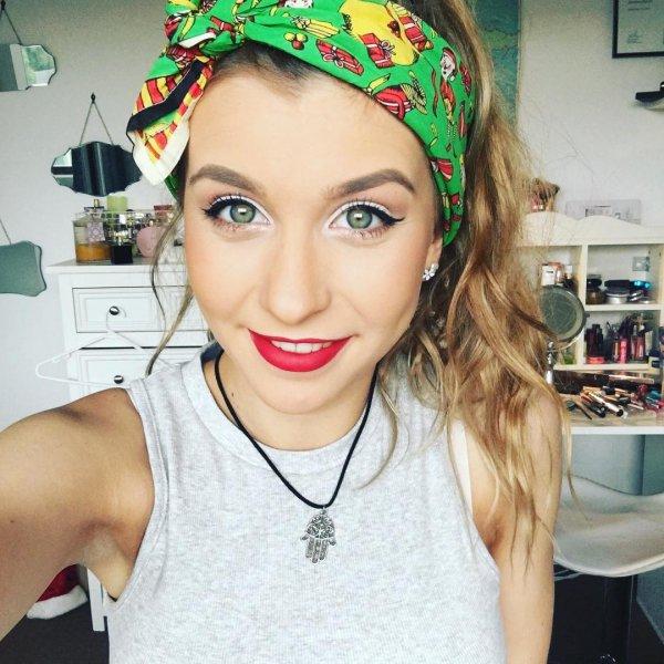 Jemima Morris' Red Lip & Fun Eye Makeup