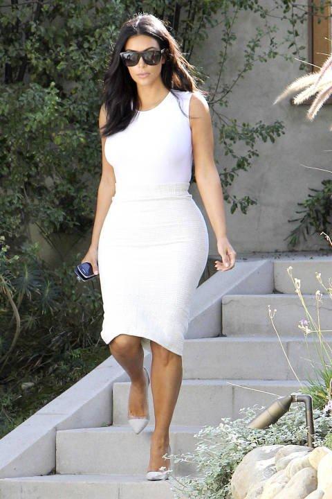 dress,wedding dress,white,clothing,woman,