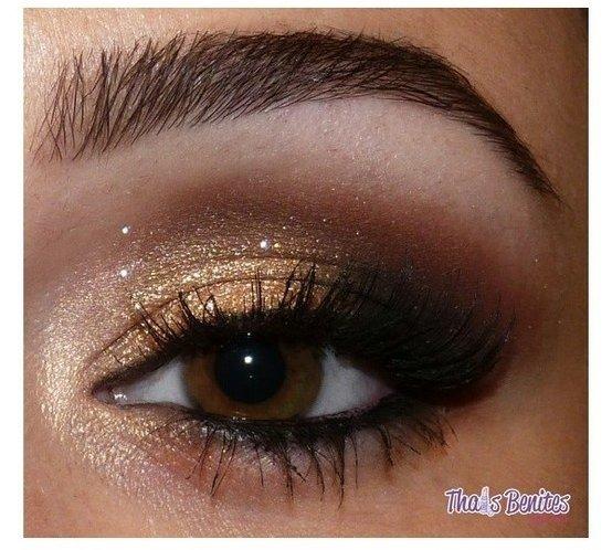 eyebrow,brown,face,eye,eyelash,
