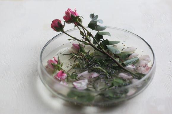 3 Homemade Herbal & Floral Steam Facials