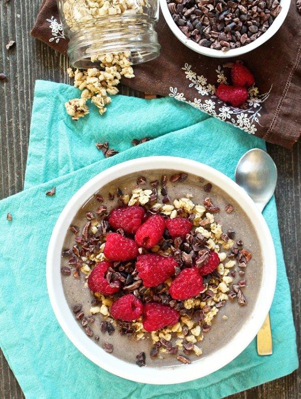 Vanilla Raspberry Smoothie Bowl
