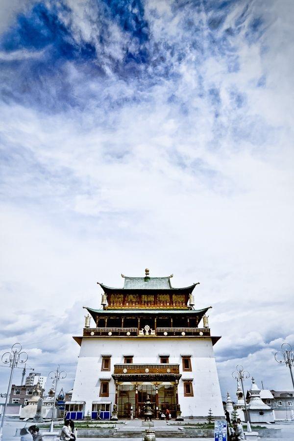 Gandantegchinlen Monastery,sky,cloud,vehicle,sea,
