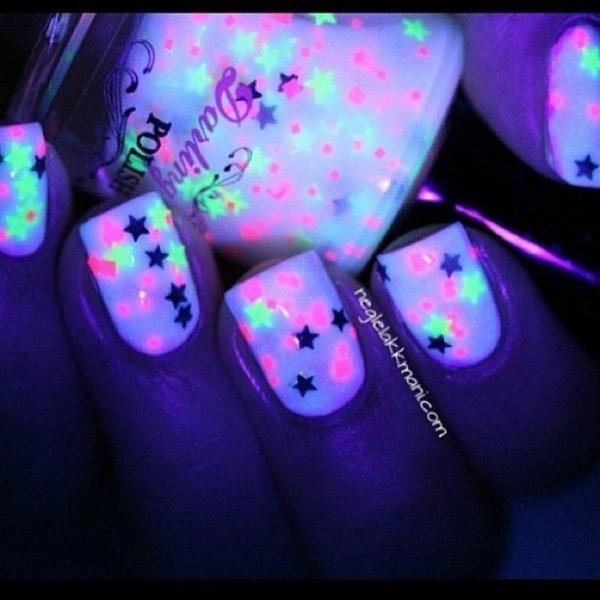color,nail,finger,blue,purple,