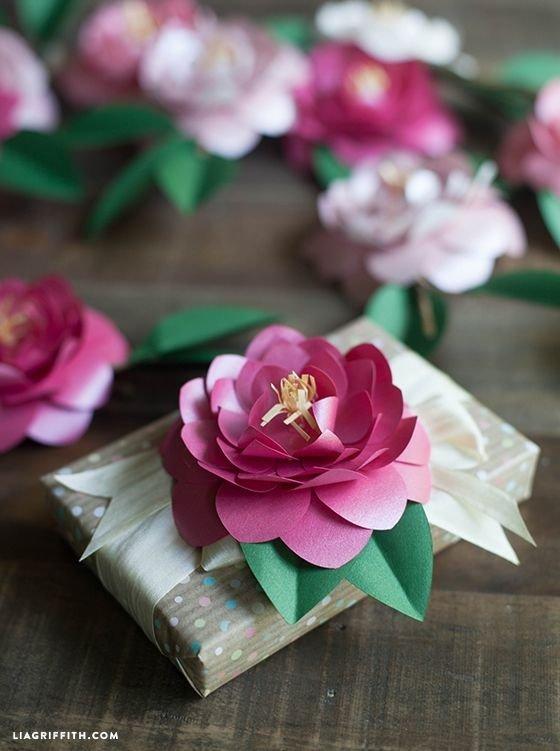 pink,flower,plant,flower bouquet,petal,