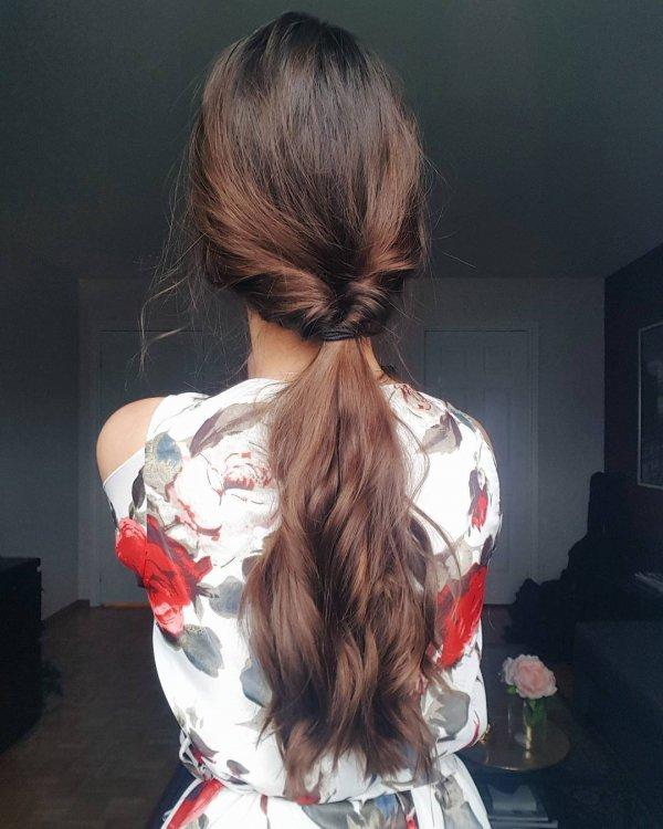 hair, clothing, hairstyle, costume, long hair,