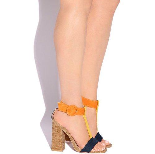 clothing, footwear, fashion accessory, leg, leather,