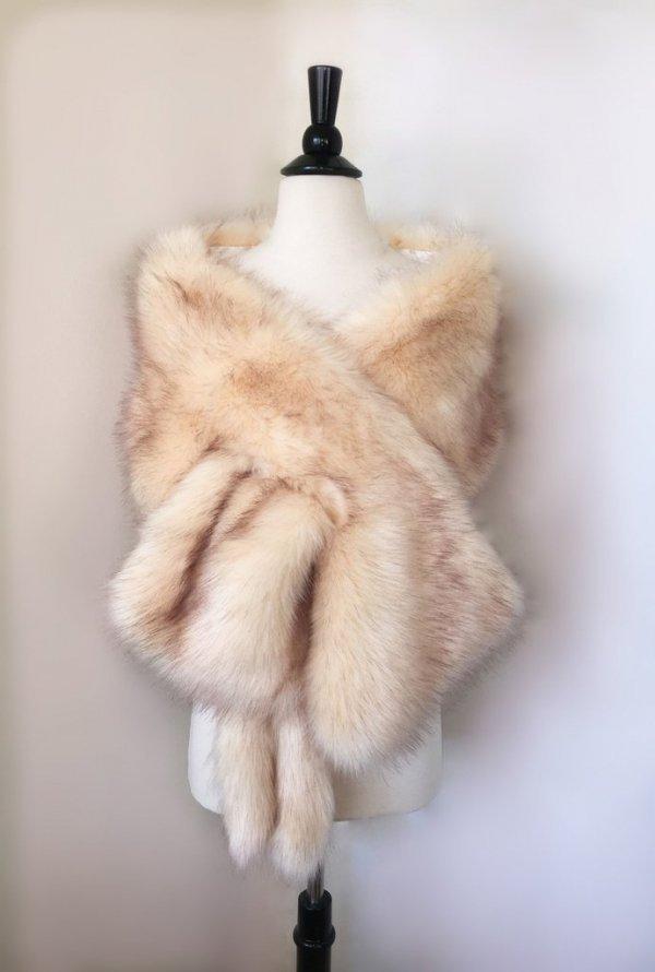 fur clothing, fur, textile, stole, animal product,