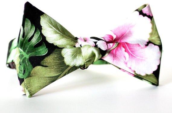 Floral Hawaiian Print Bow Tie