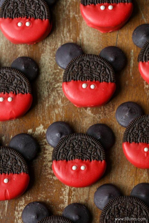 Red, Cookie, Snack, Dessert, Sweetness,