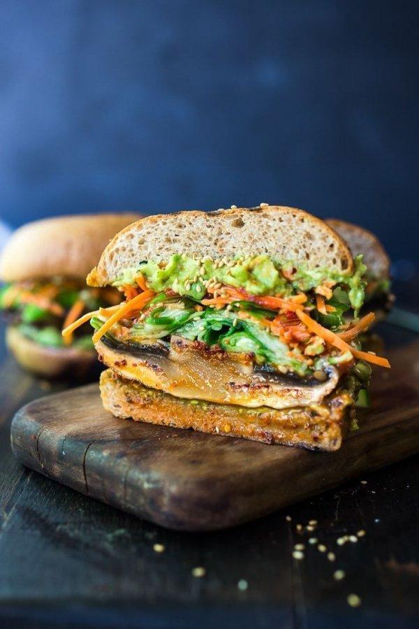 Dish, Food, Cuisine, Ingredient, Veggie burger,