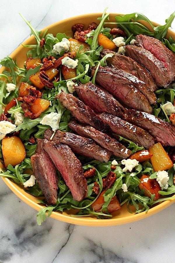 Arugula Skirt Steak Salad with Caramelized Pears, Pecans and Gorgonzola