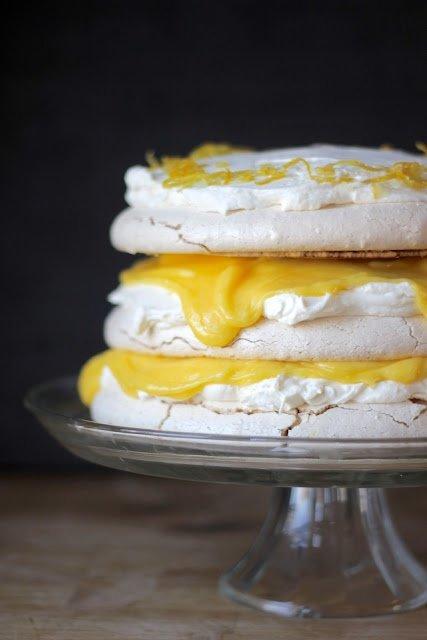 Lemon Curd & Mascarpone Vanilla Bean Pavlova