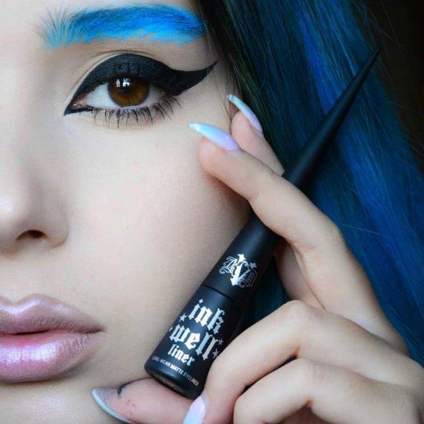 eyebrow, blue, eyelash, cosmetics, eye shadow,