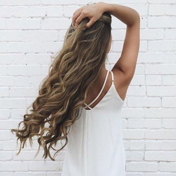 clothing, hair, hairstyle, shoulder bag, brown,