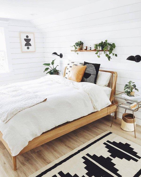 bed frame, bed sheet, furniture, duvet cover, bed,