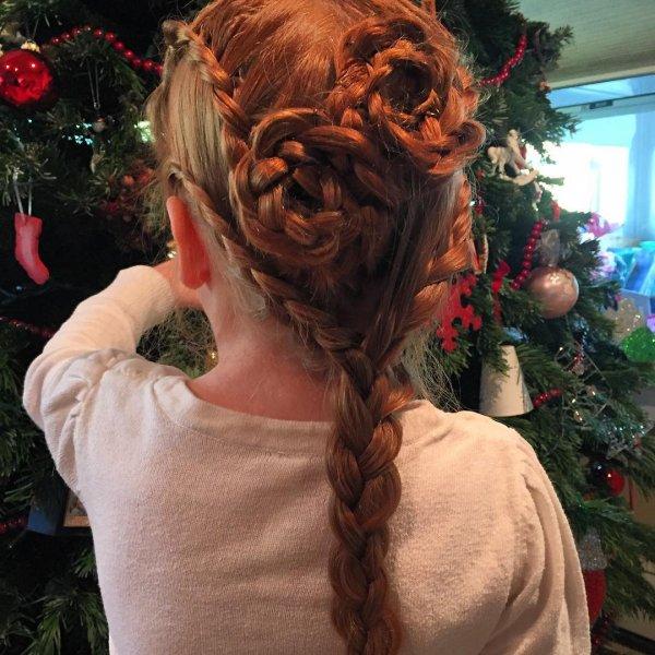 Little Girl's Double-Flower Braid