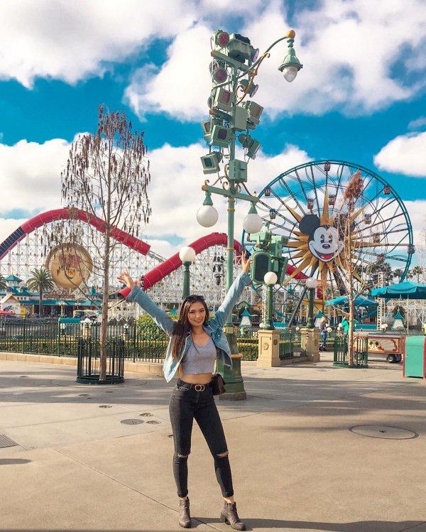 Ferris wheel, Amusement ride, Fun, Tourist attraction, Sky,