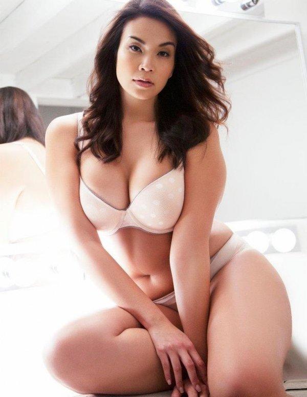 beautiful thick asian girls nude