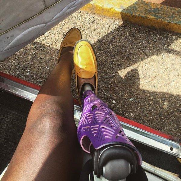 vehicle, leg, footwear, hand, 1111,