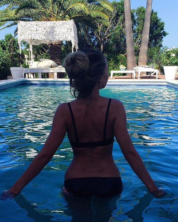 clothing, vacation, swimming pool, sea,