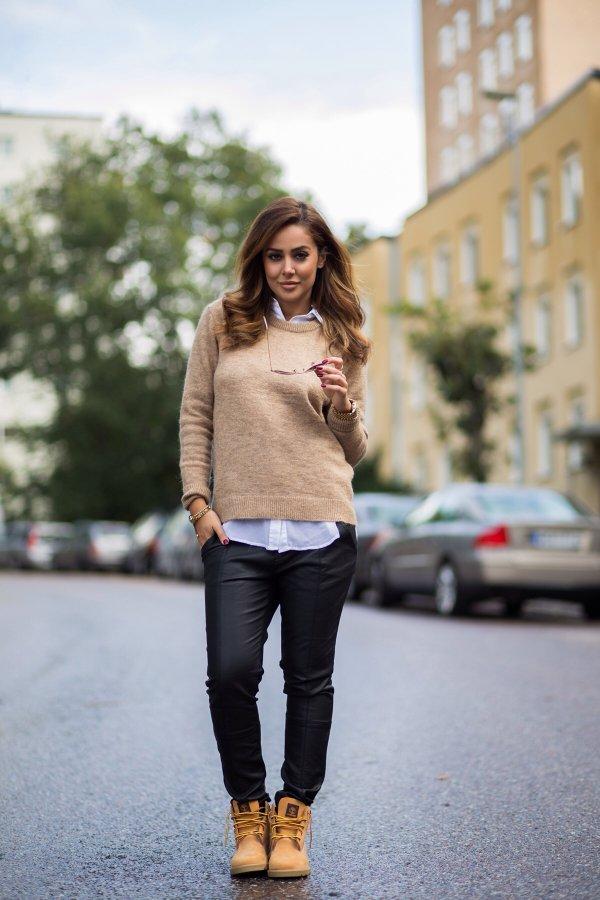 clothing,footwear,denim,fashion,outerwear,