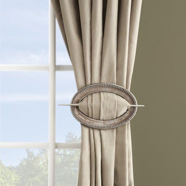 Curtains with Single Holdback