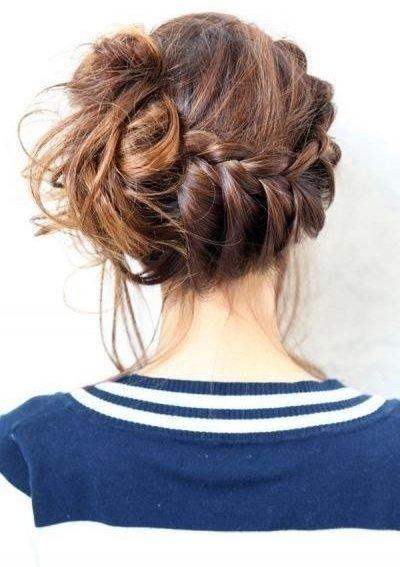 hair,hairstyle,long hair,brown hair,arm,
