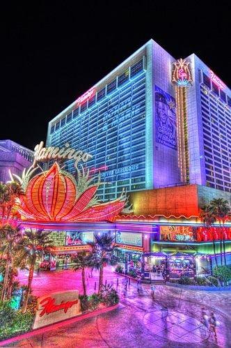 landmark,amusement park,metropolis,cityscape,