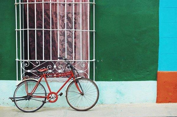 vehicle, bicycle, sports equipment, wheel,