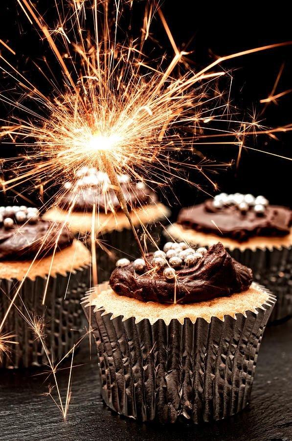 Sparkler, Cake, Dessert, Baked goods, Food,