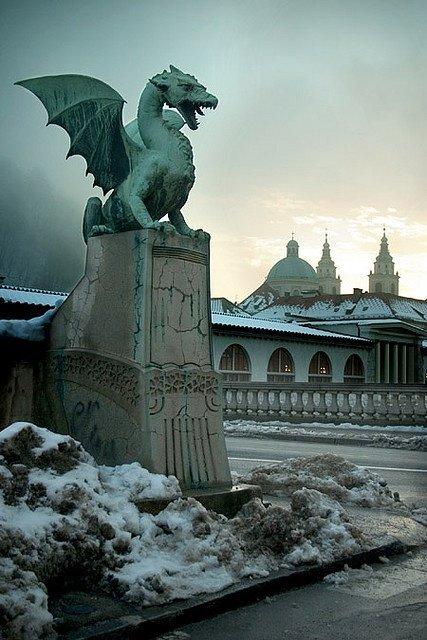 Dragon Bridge,statue,sculpture,landmark,monument,
