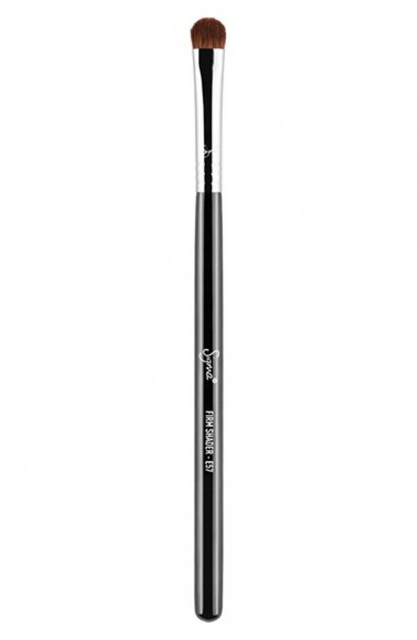 brush,product,cosmetics,cue stick,eye,