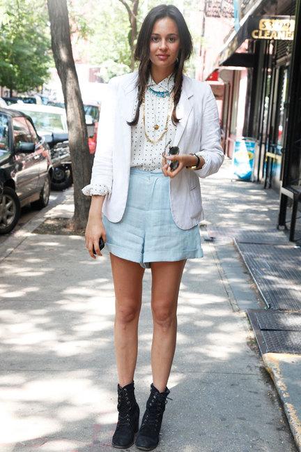 9 Awesome Street Style Ways to Wear Denim Shorts ... …