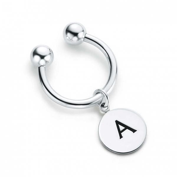 fashion accessory, jewellery, body jewelry, keychain, rings,