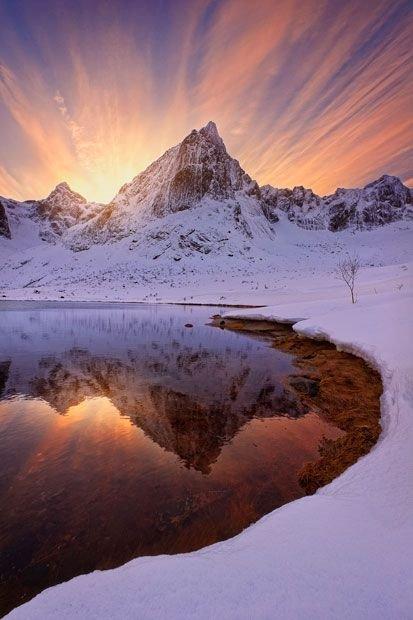 snow,mountainous landforms,winter,mountain,reflection,