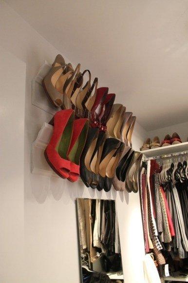 room,closet,footwear,sareener,