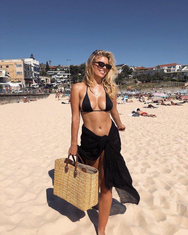 Clothing, Sun tanning, Vacation, Fashion, Summer,
