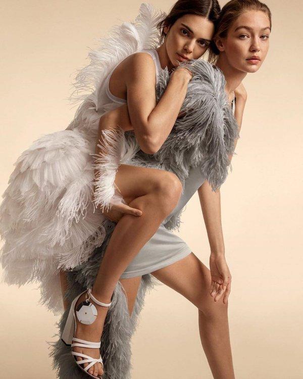 Fashion model, Clothing, Beauty, Footwear, Photo shoot,