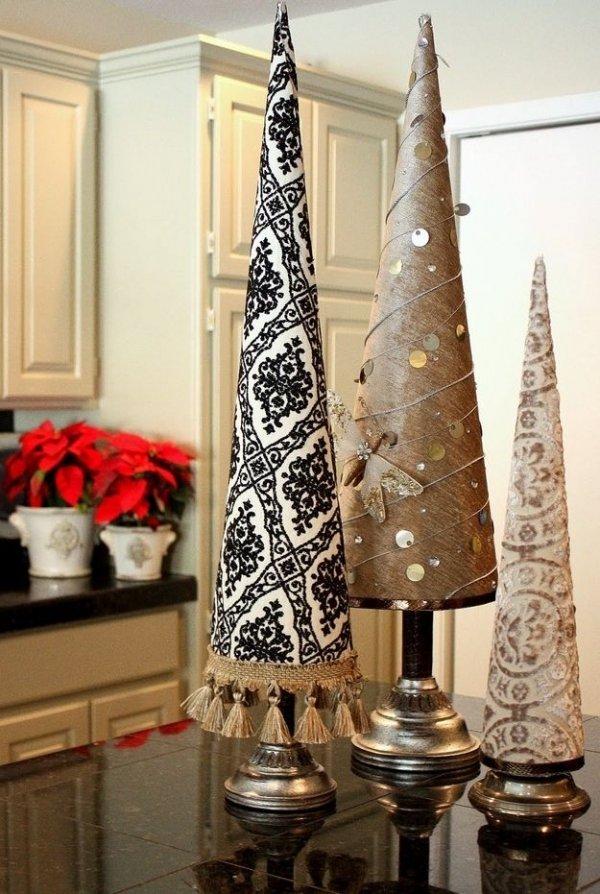christmas tree,christmas decoration,christmas,lighting,interior design,