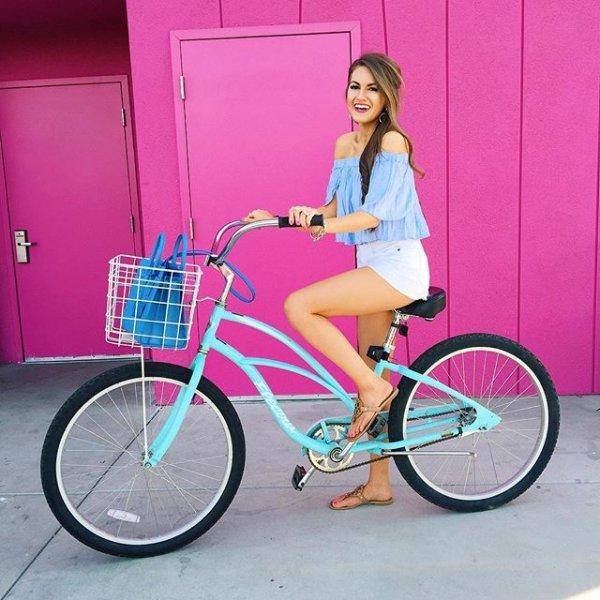 bicycle, vehicle, road bicycle, land vehicle, pink,