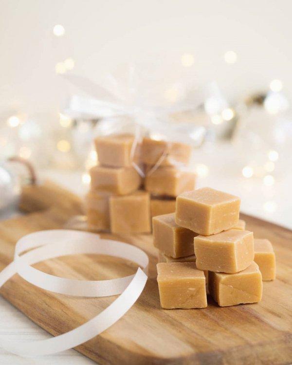 fudge, confectionery, caramel, food,