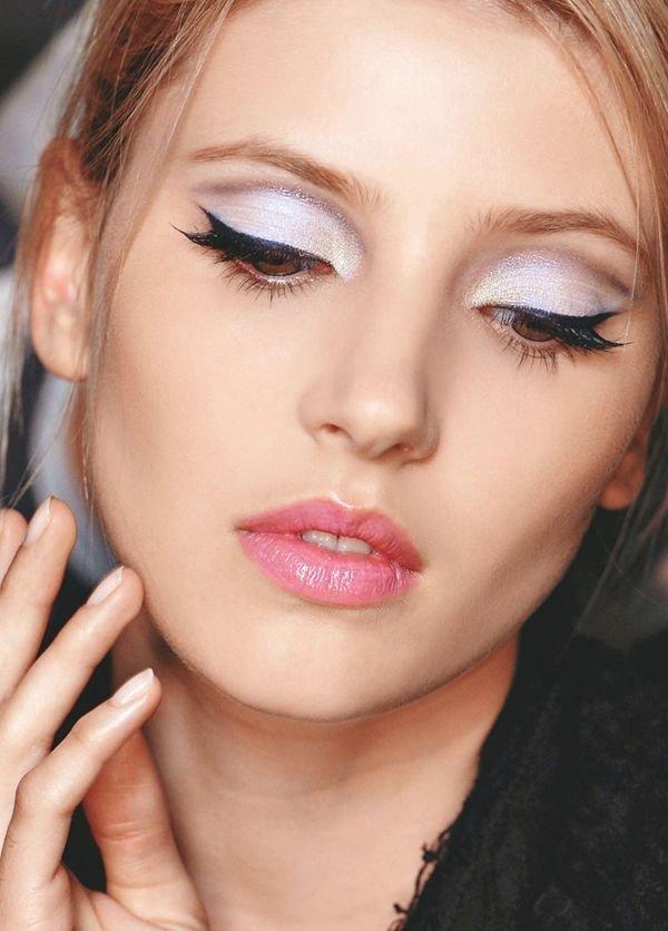 White Angelic Eyeshadow