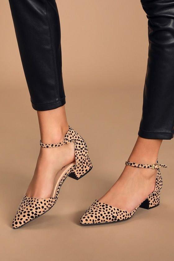 Footwear, Shoe, Human leg, High heels, Ankle,