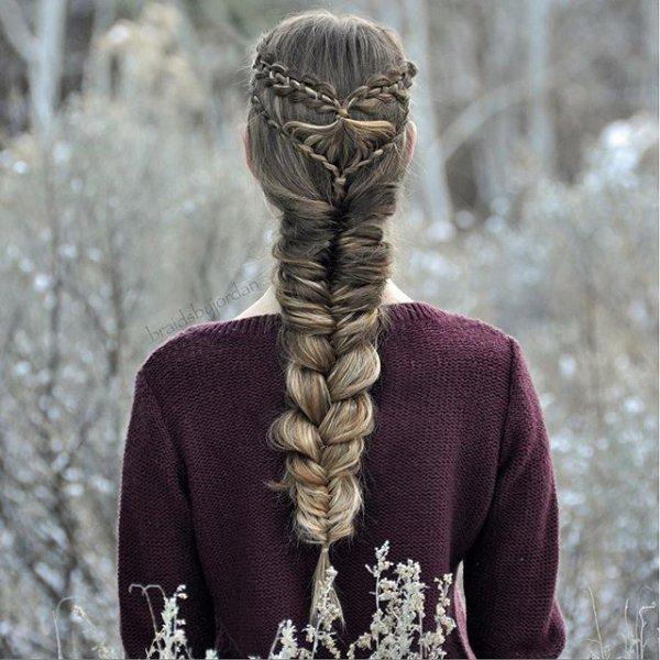 hair, hairstyle, sculpture, statue, headgear,