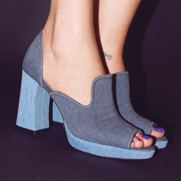 footwear, fashion accessory, shoe, leather, high heeled footwear,