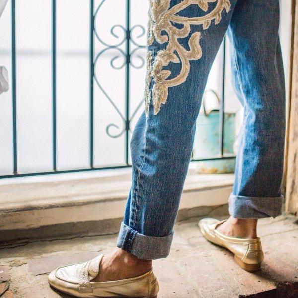 clothing, blue, jeans, footwear, trousers,