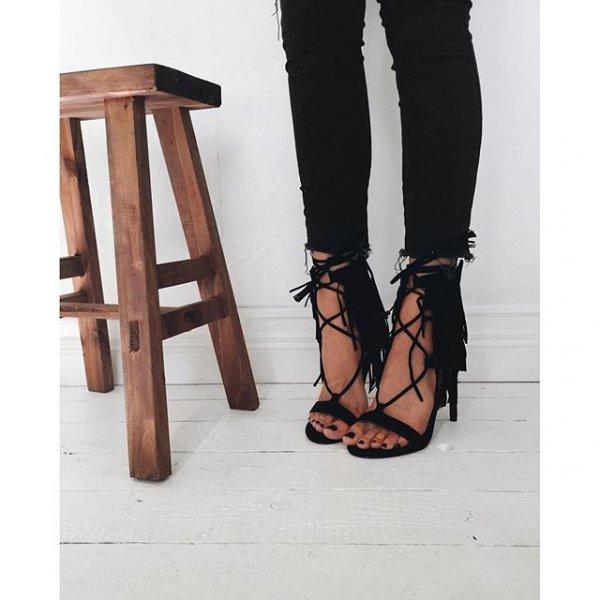 footwear, leg, shoe, leather, sandal,