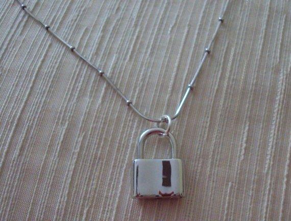 Sterling Silver Feminine Chain Collar & Padlock